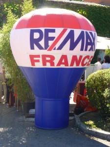 Montgolfière gonflable Remax