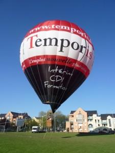 """La montgolfière """"Temporis"""" les agneces d'intérim"""